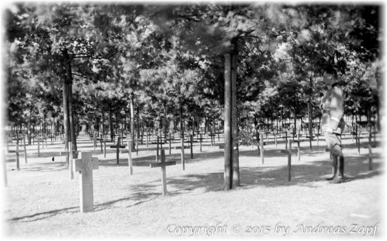 Image 01 - War Cemetery Langemarck